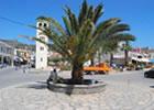 Η πλατεία στην Ελούντα Κρήτης